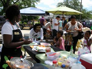 Food_LSU_Ag_Center_demo_at_Sankofa_Farmers_Market