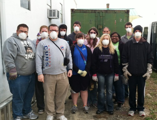 University Of Sioux Falls Blight Busting Volunteers